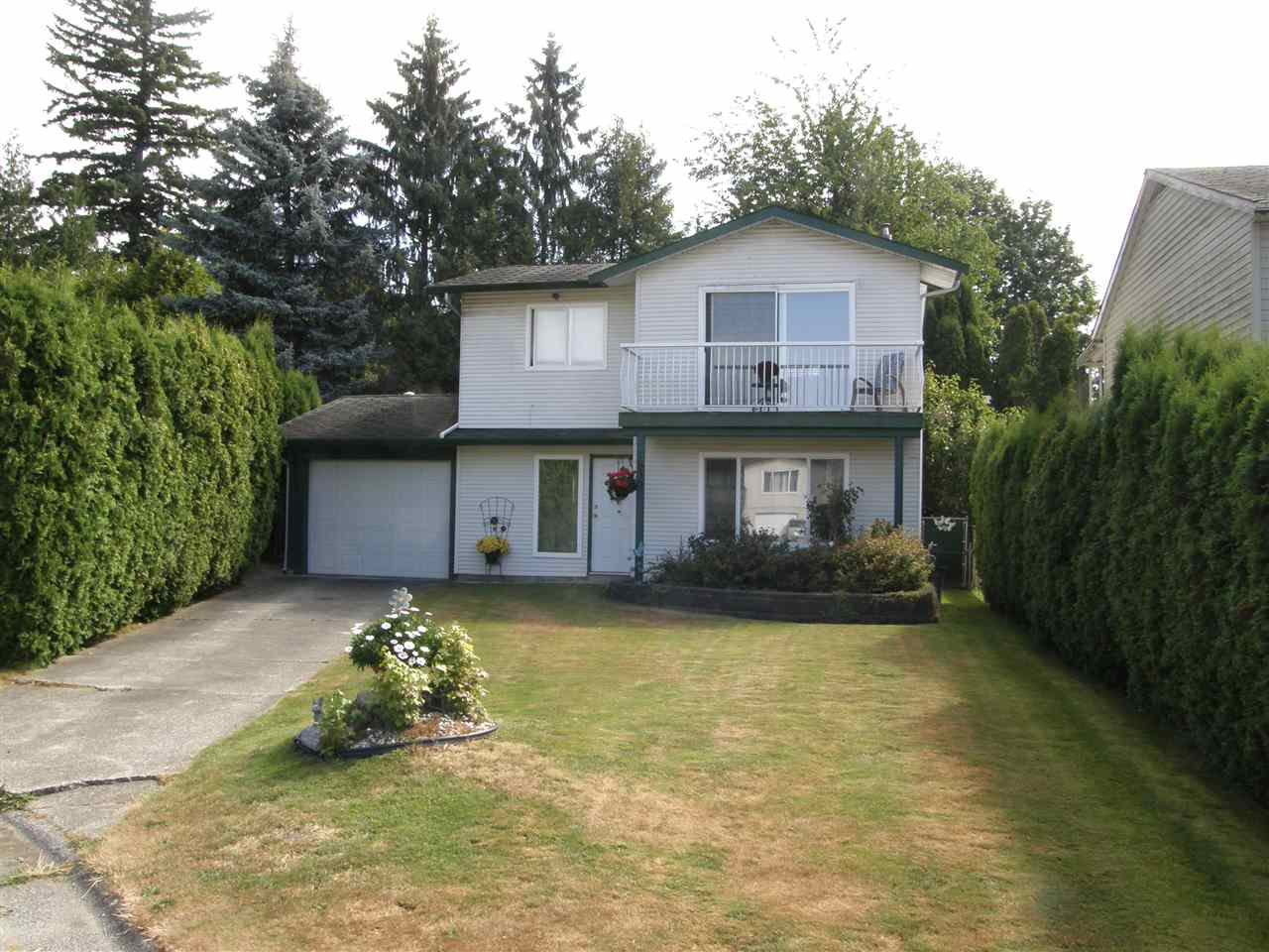 Main Photo: 1830 REEVES Place in Abbotsford: Central Abbotsford House for sale : MLS®# R2486642