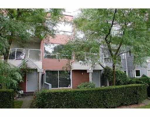 Main Photo: 114 2020 W 8TH AV in Vancouver: Kitsilano Condo for sale (Vancouver West)  : MLS®# V550987