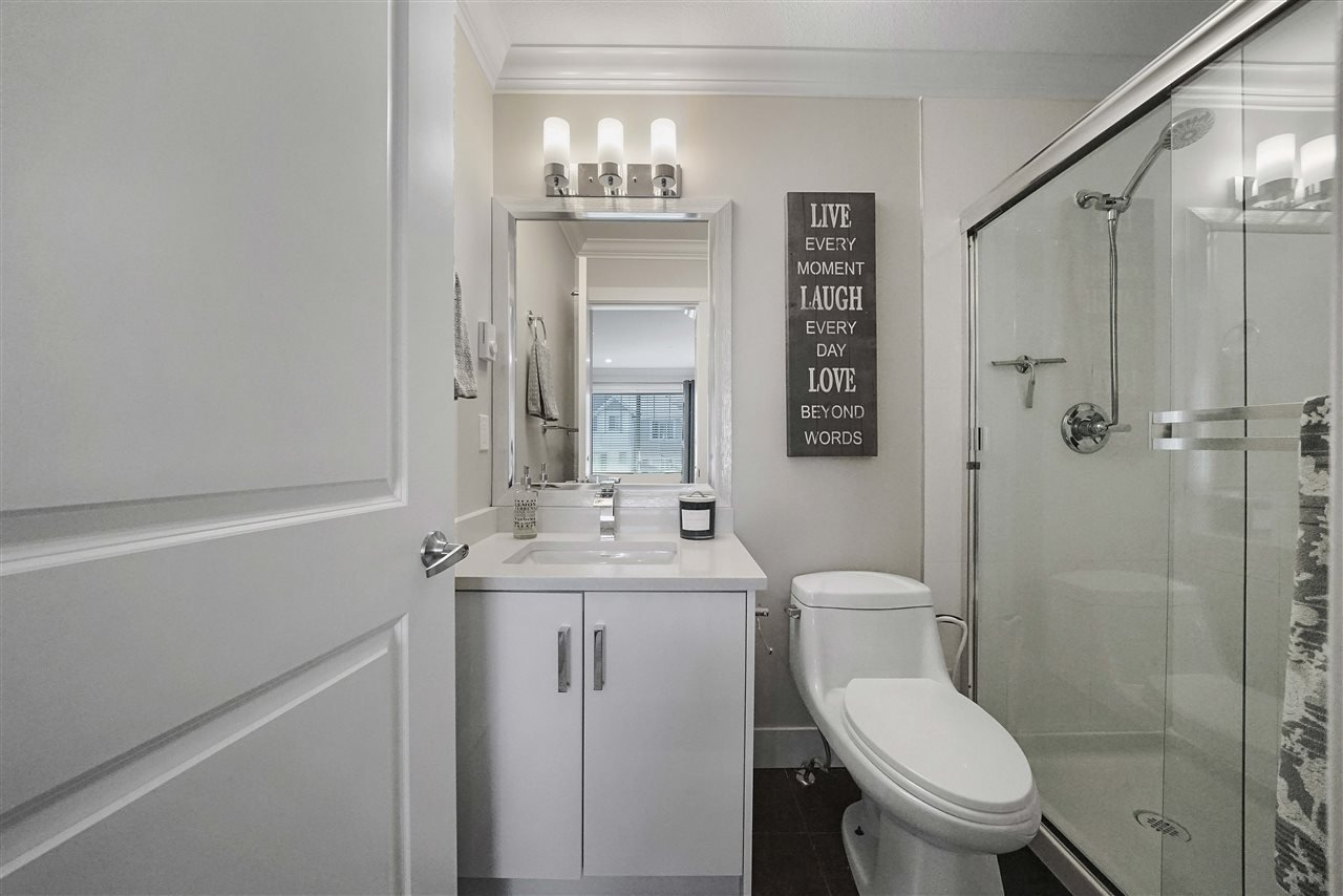 """Photo 17: Photos: 43 19097 64 Avenue in Surrey: Cloverdale BC Townhouse for sale in """"THE HEIGHTS"""" (Cloverdale)  : MLS®# R2391811"""
