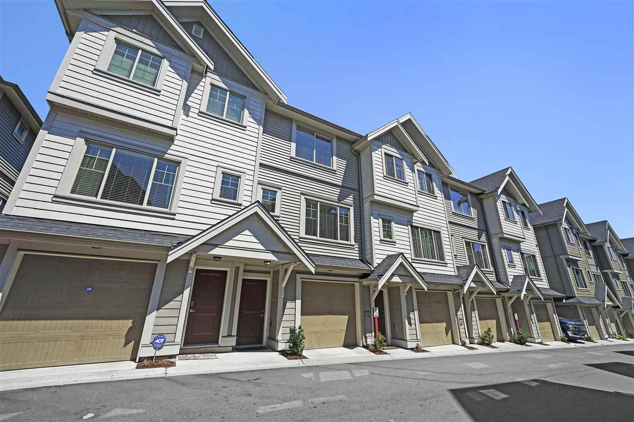 """Photo 20: Photos: 43 19097 64 Avenue in Surrey: Cloverdale BC Townhouse for sale in """"THE HEIGHTS"""" (Cloverdale)  : MLS®# R2391811"""