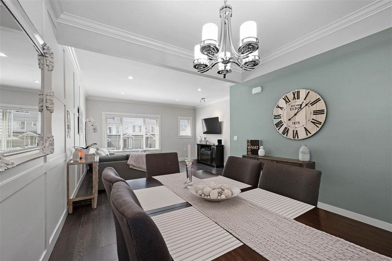 """Photo 6: Photos: 43 19097 64 Avenue in Surrey: Cloverdale BC Townhouse for sale in """"THE HEIGHTS"""" (Cloverdale)  : MLS®# R2391811"""