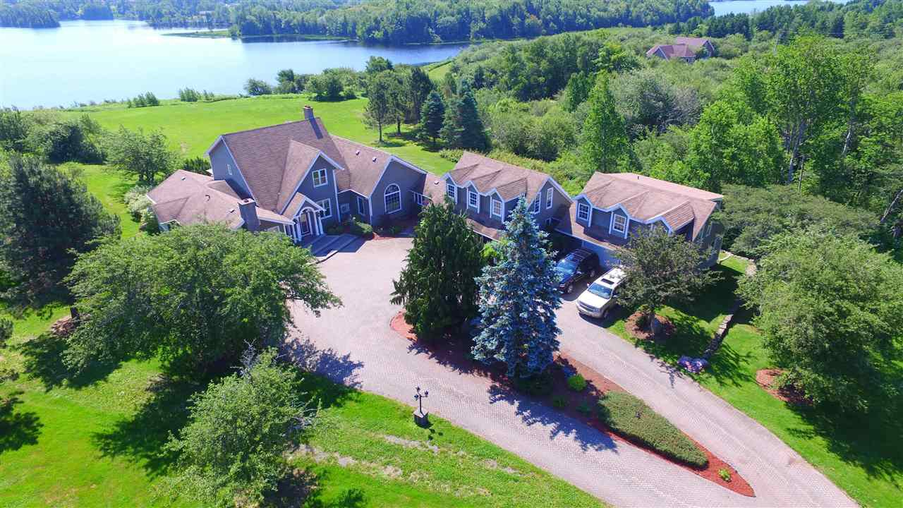 Main Photo: 815 Coxheath Road in Coxheath: 202-Sydney River / Coxheath Residential for sale (Cape Breton)  : MLS®# 202003396