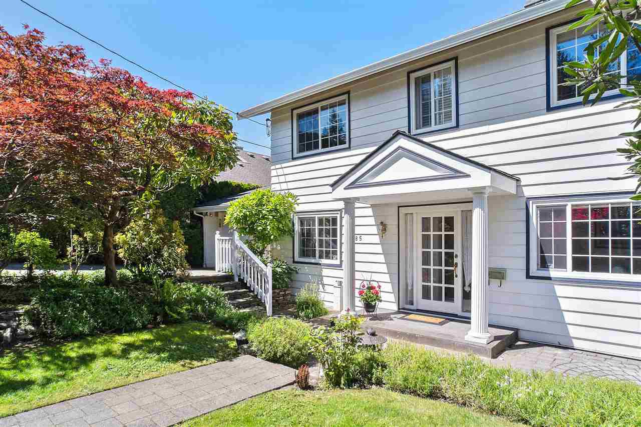 Main Photo: 6285 NELSON Avenue in West Vancouver: Gleneagles House for sale : MLS®# R2459678