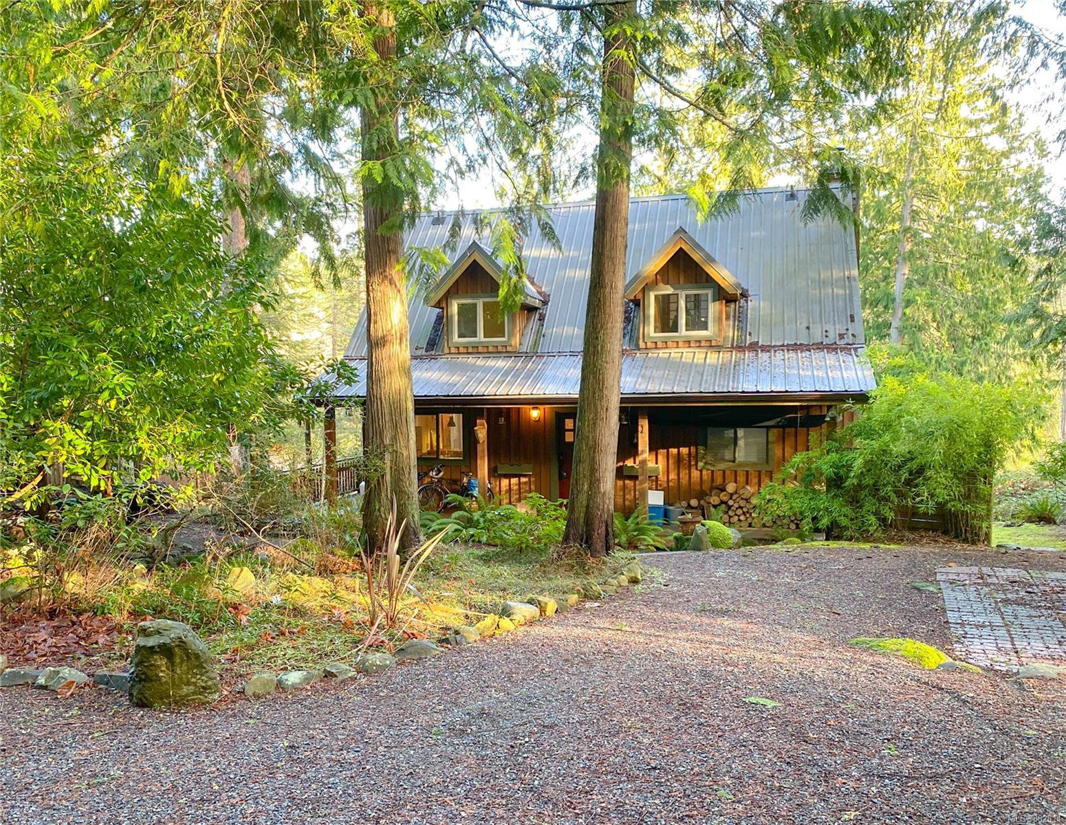 Main Photo: 940 Canso Rd in : Isl Gabriola Island House for sale (Islands)  : MLS®# 862014