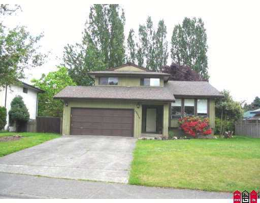 Main Photo: 19516 62A Avenue in Surrey: Clayton House for sale (Cloverdale)  : MLS®# F2712153