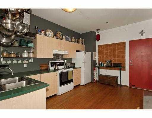 Photo 6: Photos: # 222 2556 E HASTINGS ST in Vancouver: Condo for sale : MLS®# V866179
