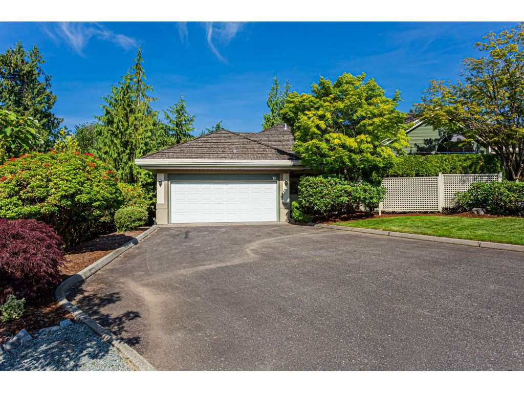 "Main Photo: 18 4001 OLD CLAYBURN Road in Abbotsford: Abbotsford East Townhouse for sale in ""Cedar Springs"" : MLS®# R2469026"