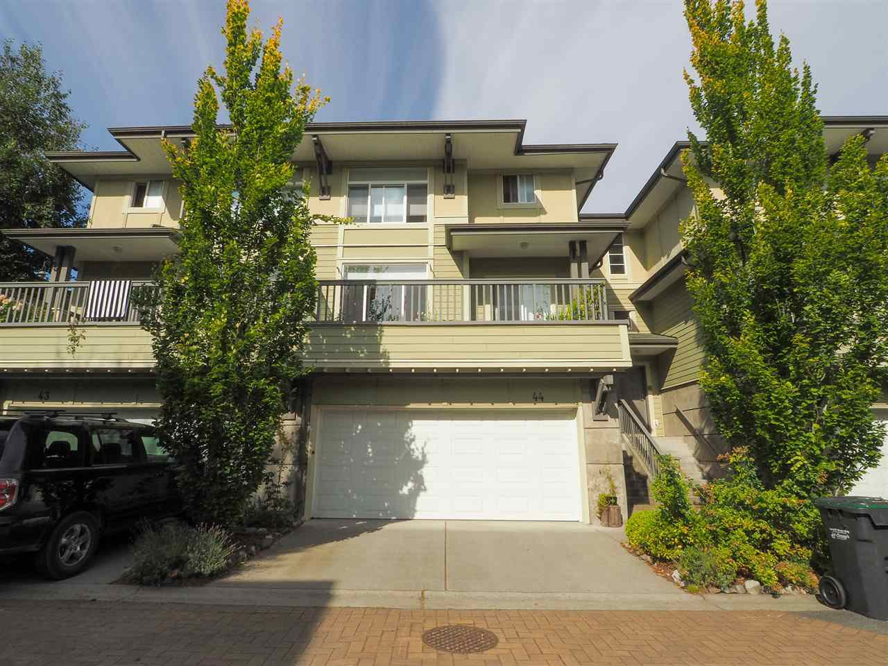 "Main Photo: 44 40632 GOVERNMENT Road in Squamish: Brackendale Townhouse for sale in ""Riverswalk"" : MLS®# R2488805"