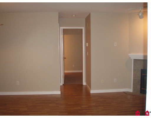 """Photo 6: Photos: 106 8110 120A Street in Surrey: Queen Mary Park Surrey Condo for sale in """"MAIN STREET"""" : MLS®# F2801365"""