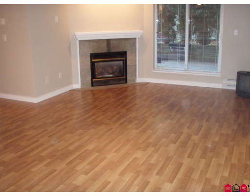 """Photo 3: Photos: 106 8110 120A Street in Surrey: Queen Mary Park Surrey Condo for sale in """"MAIN STREET"""" : MLS®# F2801365"""