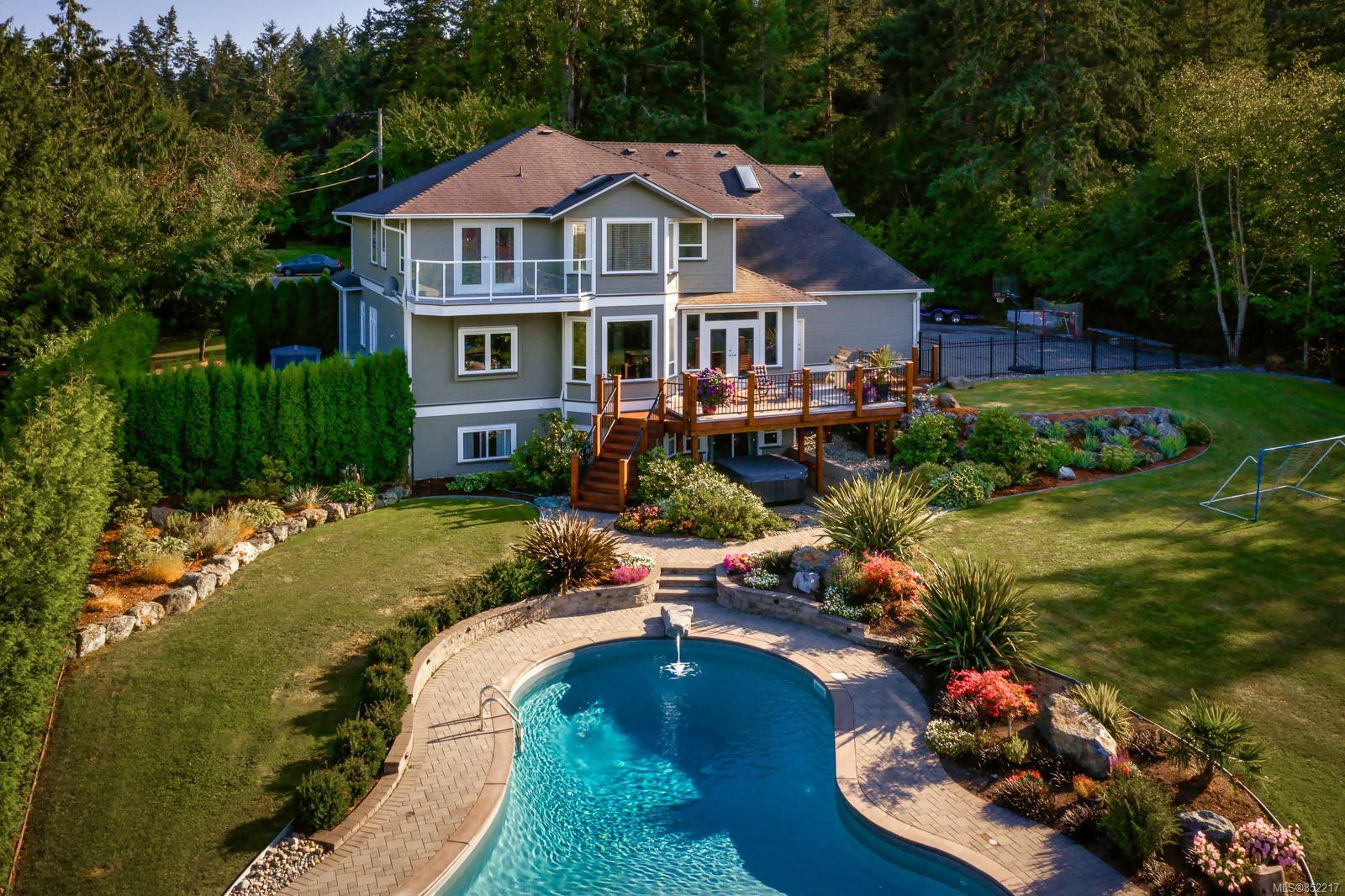 Main Photo: 940 Dogwood Rd in : NS Ardmore House for sale (North Saanich)  : MLS®# 852217