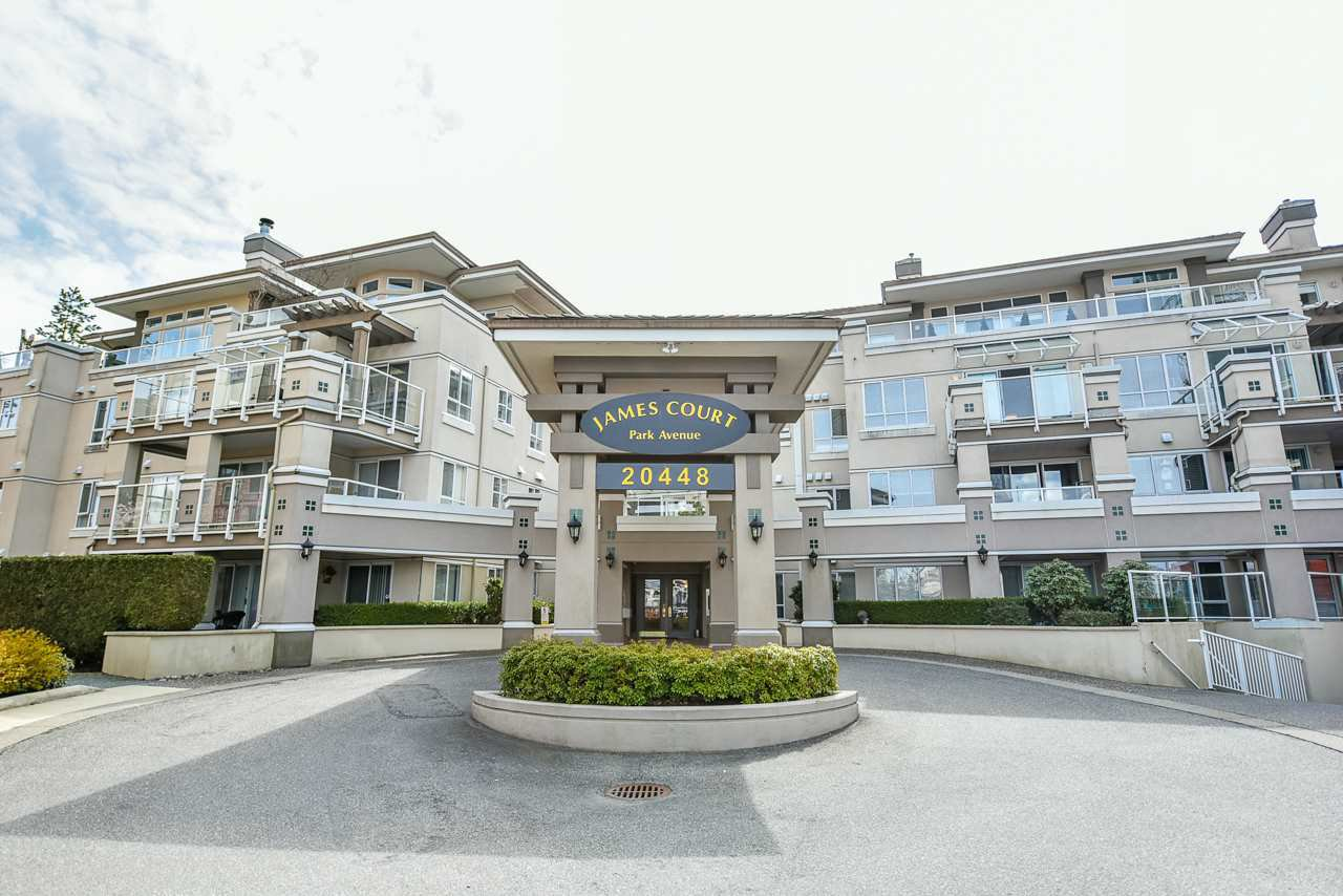 "Main Photo: 104 20448 PARK Avenue in Langley: Langley City Condo for sale in ""James Court"" : MLS®# R2497317"