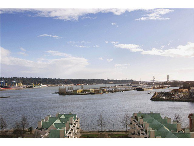 """Main Photo: # 1507 1185 QUAYSIDE DR in New Westminster: Quay Condo for sale in """"THE RIVIERA"""" : MLS®# V872881"""
