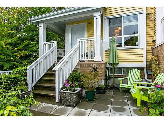 Main Photo: 8439 JELLICOE STREET in : South Marine Townhouse for sale (Vancouver East)  : MLS®# V1025741
