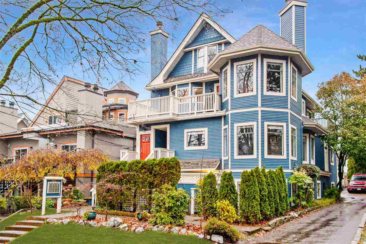 Main Photo: 2423 W 6TH Avenue in Vancouver: Kitsilano Townhouse for sale (Vancouver West)  : MLS®# R2432040