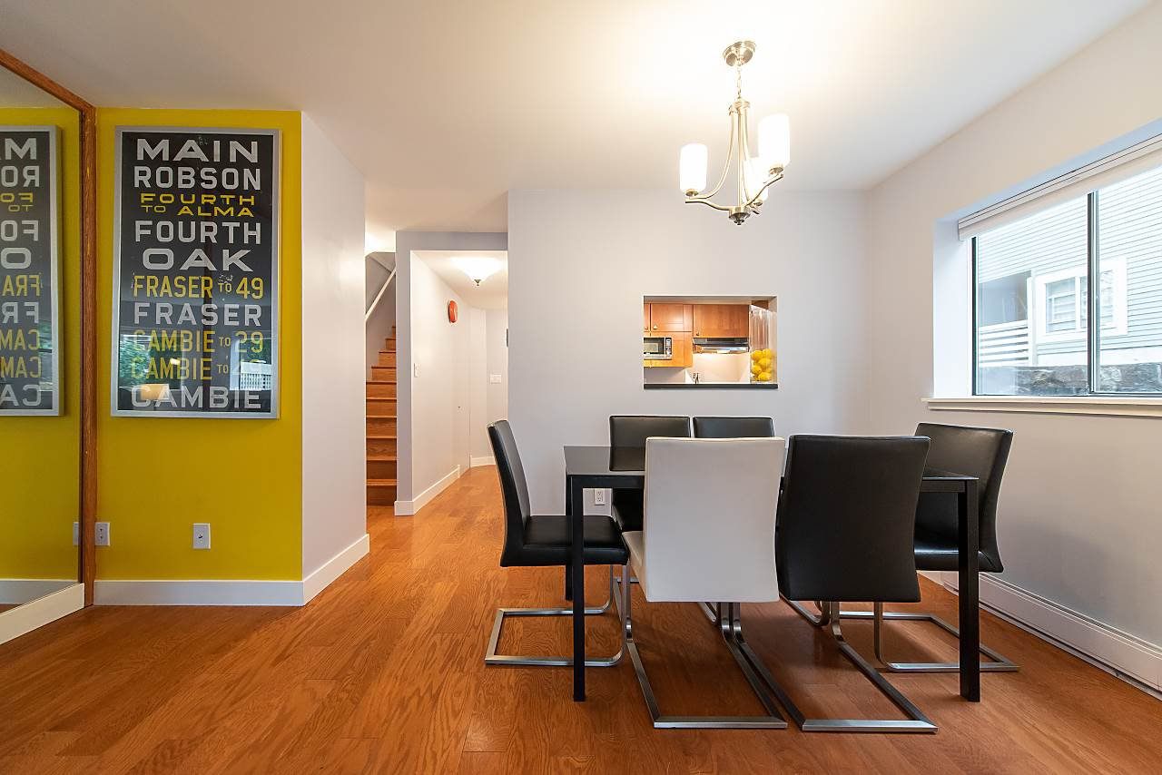 Photo 8: Photos: 2423 W 6TH Avenue in Vancouver: Kitsilano Townhouse for sale (Vancouver West)  : MLS®# R2432040