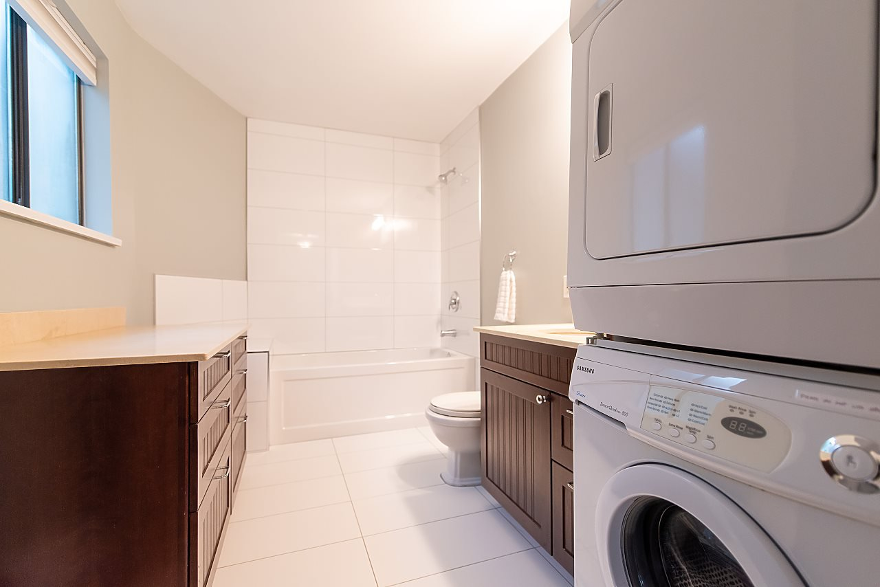 Photo 14: Photos: 2423 W 6TH Avenue in Vancouver: Kitsilano Townhouse for sale (Vancouver West)  : MLS®# R2432040