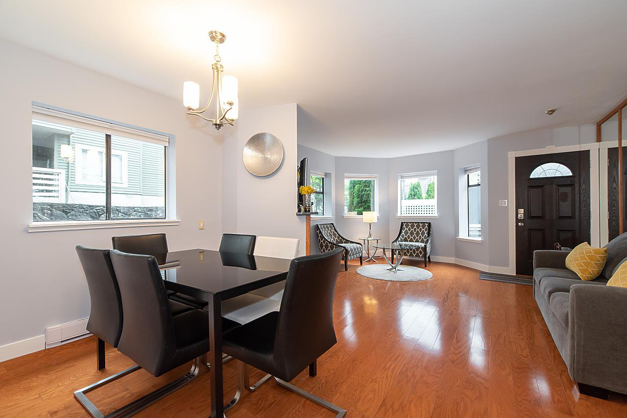 Photo 6: Photos: 2423 W 6TH Avenue in Vancouver: Kitsilano Townhouse for sale (Vancouver West)  : MLS®# R2432040