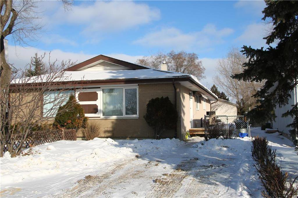Main Photo: 32 Bluewater Crescent in Winnipeg: Southdale Residential for sale (2H)  : MLS®# 202002479