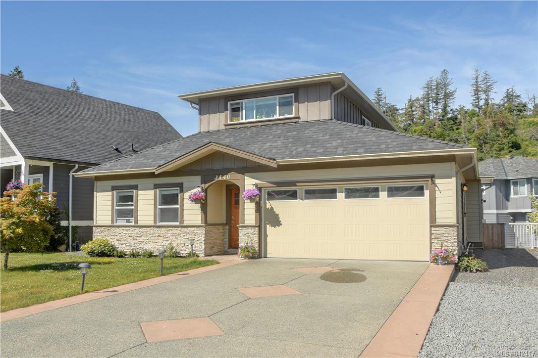 Main Photo: 3440 Hopwood Pl in Colwood: Co Latoria House for sale : MLS®# 842417