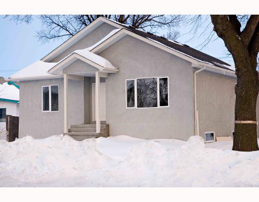 Main Photo: 1028 CHEVRIER Boulevard in WINNIPEG: Fort Garry / Whyte Ridge / St Norbert Residential for sale (South Winnipeg)  : MLS®# 2803274