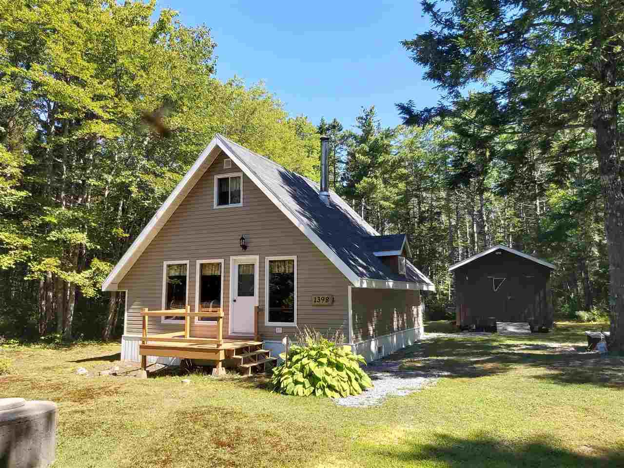 Main Photo: 1398 Canada Hill Road in Canada Hill: 407-Shelburne County Residential for sale (South Shore)  : MLS®# 201922378