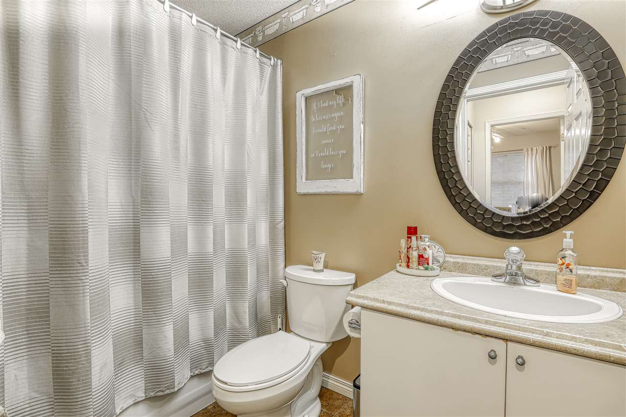"Photo 16: Photos: 104 12099 237 Street in Maple Ridge: East Central Townhouse for sale in ""GABRIOLA"" : MLS®# R2436710"