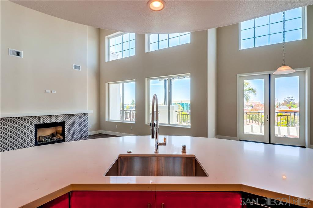 Photo 7: Photos: SAN DIEGO Condo for sale : 5 bedrooms : 3275 5th Ave #501