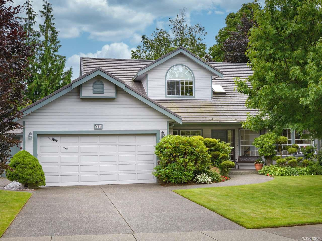 Main Photo: 879 Eastwicke Cres in COMOX: CV Comox (Town of) Single Family Detached for sale (Comox Valley)  : MLS®# 842967