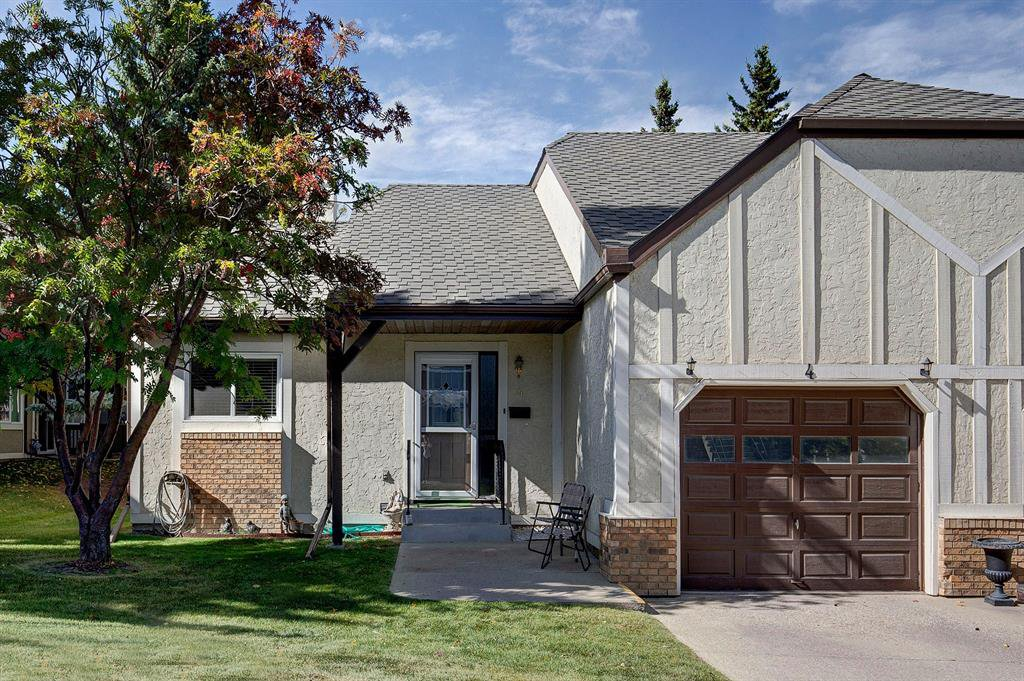 Main Photo: 4 COACH SIDE Terrace SW in Calgary: Coach Hill Semi Detached for sale : MLS®# A1037354