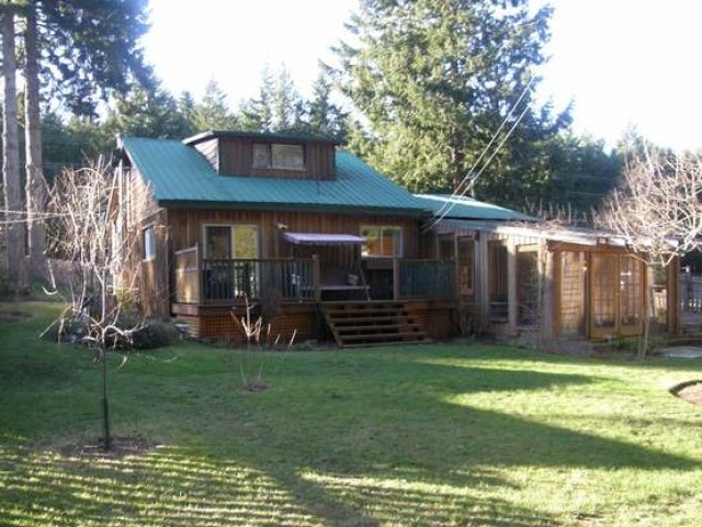 Main Photo: 1564 ANDERTON ROAD in COMOX: House for sale : MLS®# 309891