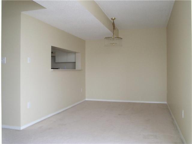 """Photo 5: Photos: # 1206 220 11TH ST in New Westminster: Uptown NW Condo for sale in """"QUEEN'S COVE"""" : MLS®# V871950"""