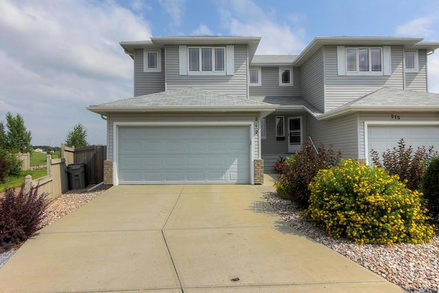 Main Photo: 212 BROOKVIEW Way: Stony Plain House Half Duplex for sale : MLS®# E4168322