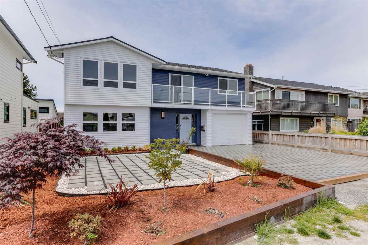 "Main Photo: 345 CENTENNIAL Parkway in Delta: Boundary Beach House for sale in ""BOUNDARY BAY"" (Tsawwassen)  : MLS®# R2456273"