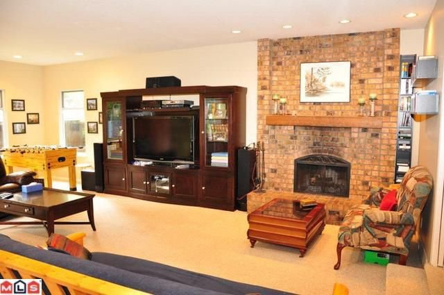 Photo 4: Photos: 6087 INGLEWOOD PL in Delta: House for sale : MLS®# F1020066
