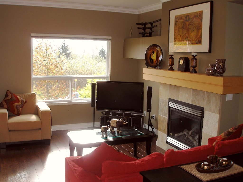 "Photo 2: Photos: 1 - 15065 58th Avenue in Surrey: Sullivan Station Townhouse for sale in ""Sprinhill"" : MLS®# F1026512"