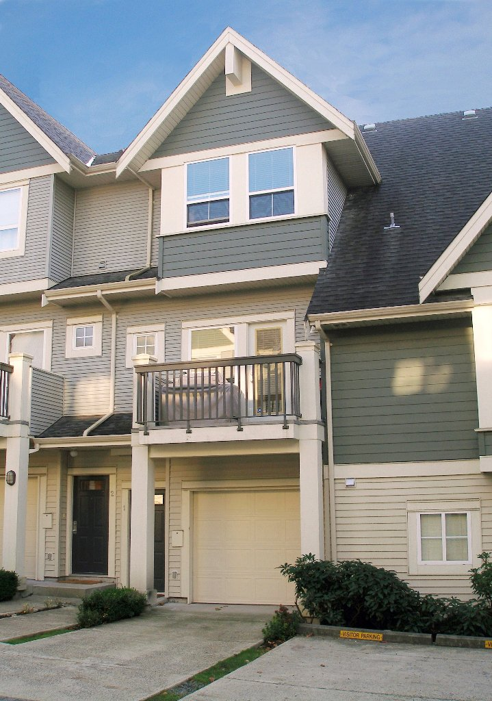 "Photo 1: Photos: 1 - 15065 58th Avenue in Surrey: Sullivan Station Townhouse for sale in ""Sprinhill"" : MLS®# F1026512"