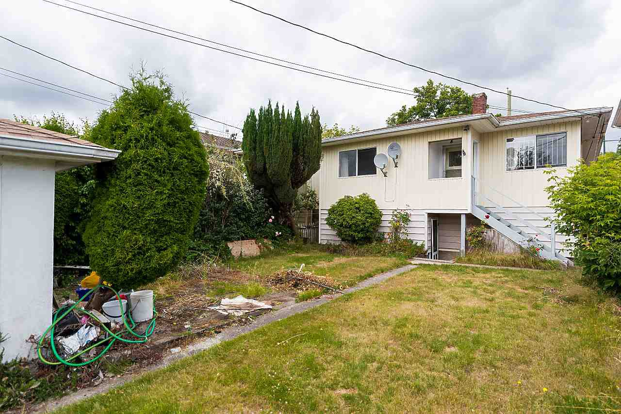 Photo 15: Photos: 158 E 44TH Avenue in Vancouver: Main House for sale (Vancouver East)  : MLS®# R2389574