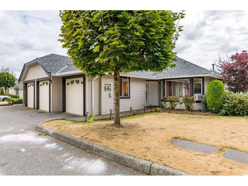 """Main Photo: 168 3160 TOWNLINE Road in Abbotsford: Abbotsford West Townhouse for sale in """"South Point Ridge"""" : MLS®# R2396432"""