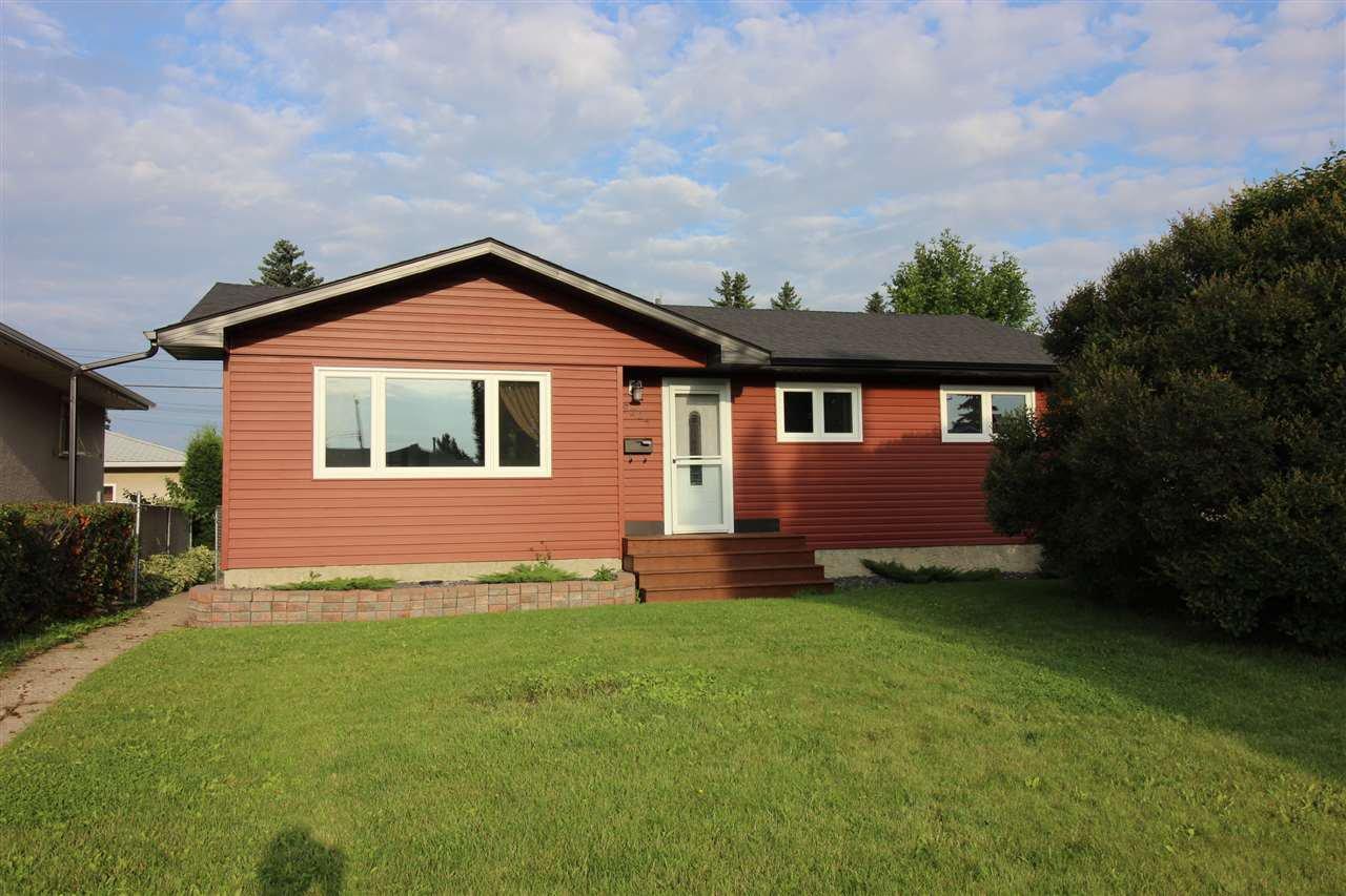 Main Photo: 9224 58 Street in Edmonton: Zone 18 House for sale : MLS®# E4169831