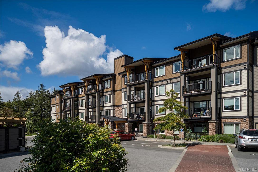 Main Photo: 104 290 Wilfert Rd in View Royal: VR Six Mile Condo for sale : MLS®# 841482