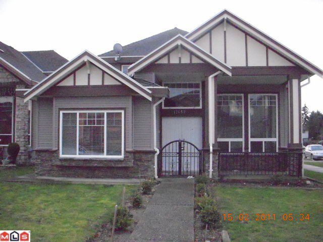 Main Photo: 17452 64A AV in Surrey: Cloverdale BC House for sale (Cloverdale)  : MLS®# F1122746