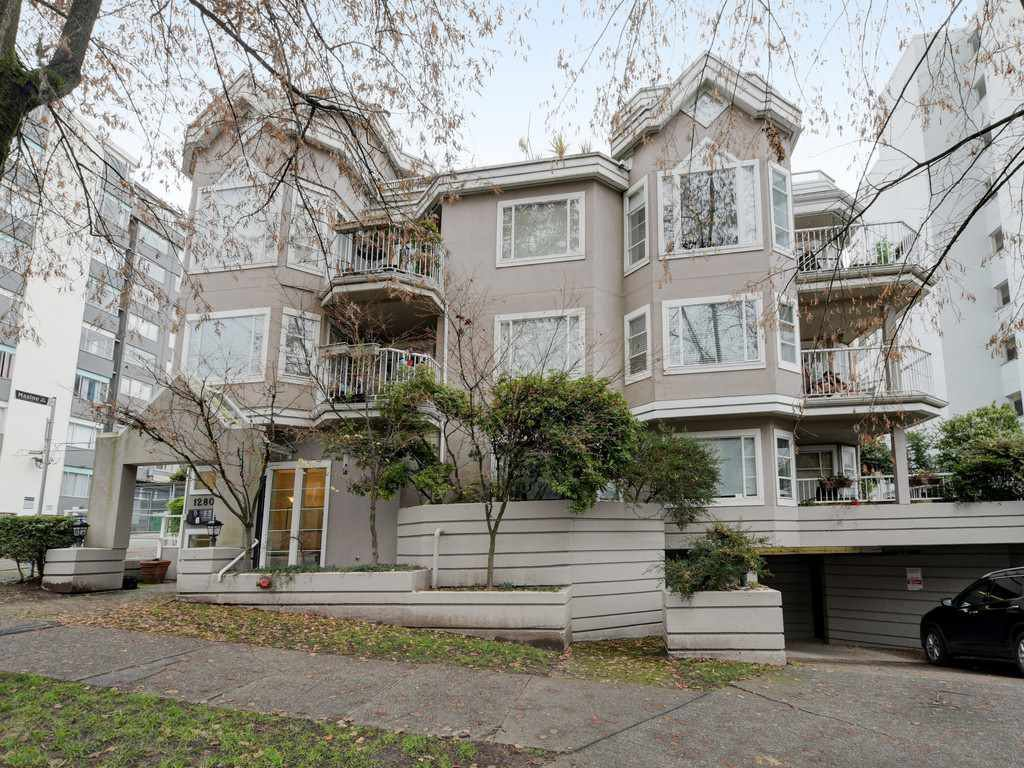 "Main Photo: 104 1280 NICOLA Street in Vancouver: West End VW Condo for sale in ""Linden House"" (Vancouver West)  : MLS®# R2421297"