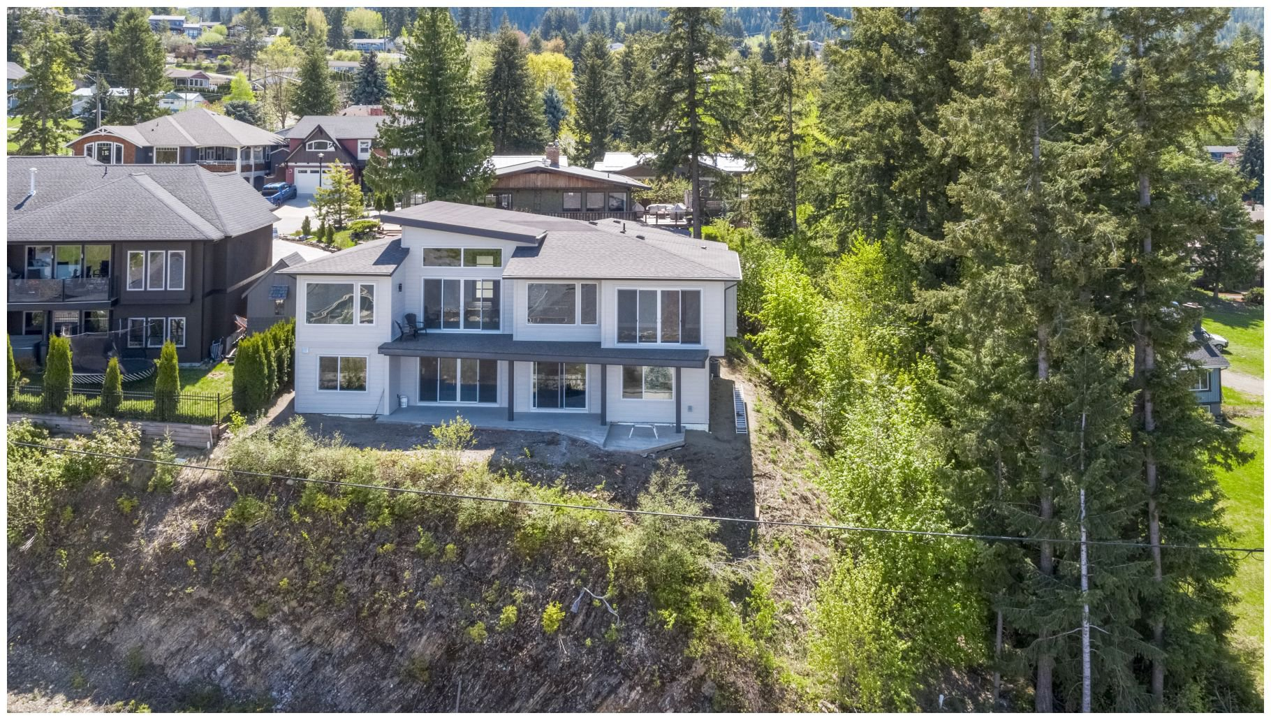 Main Photo: 1411 Southeast 9th Avenue in Salmon Arm: Southeast House for sale : MLS®# 10205270