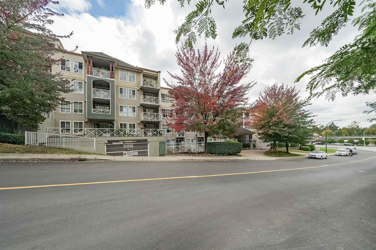 Main Photo: 330 528 ROCHESTER Avenue in Coquitlam: Coquitlam West Condo for sale : MLS®# R2469326