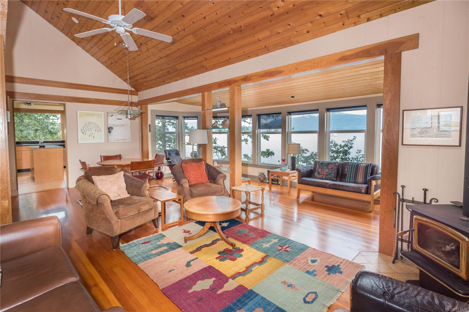 Photo 10: Photos: 262 Forbes Dr in : Isl Thetis Island House for sale (Islands)  : MLS®# 851678