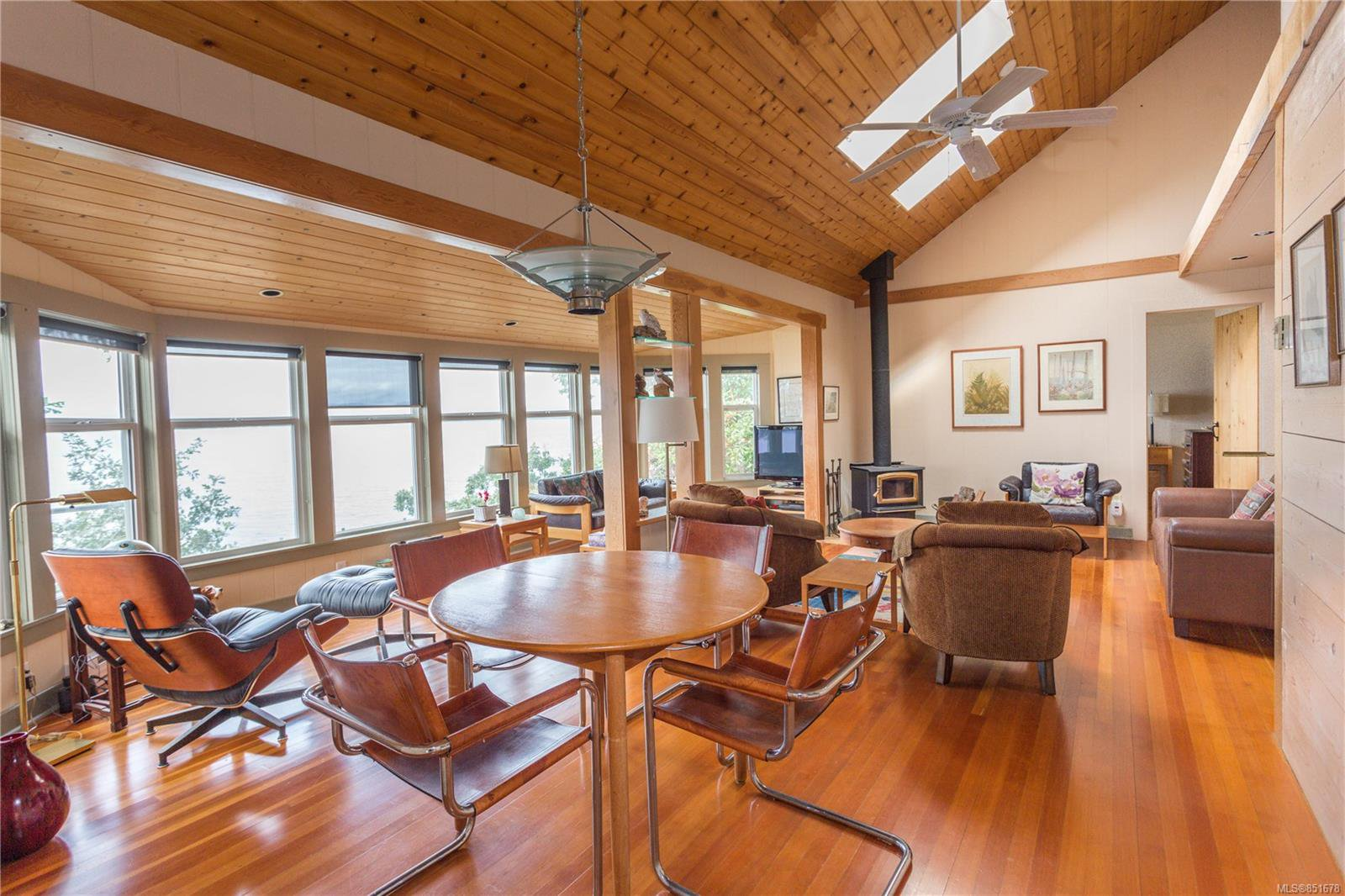 Photo 9: Photos: 262 Forbes Dr in : Isl Thetis Island House for sale (Islands)  : MLS®# 851678