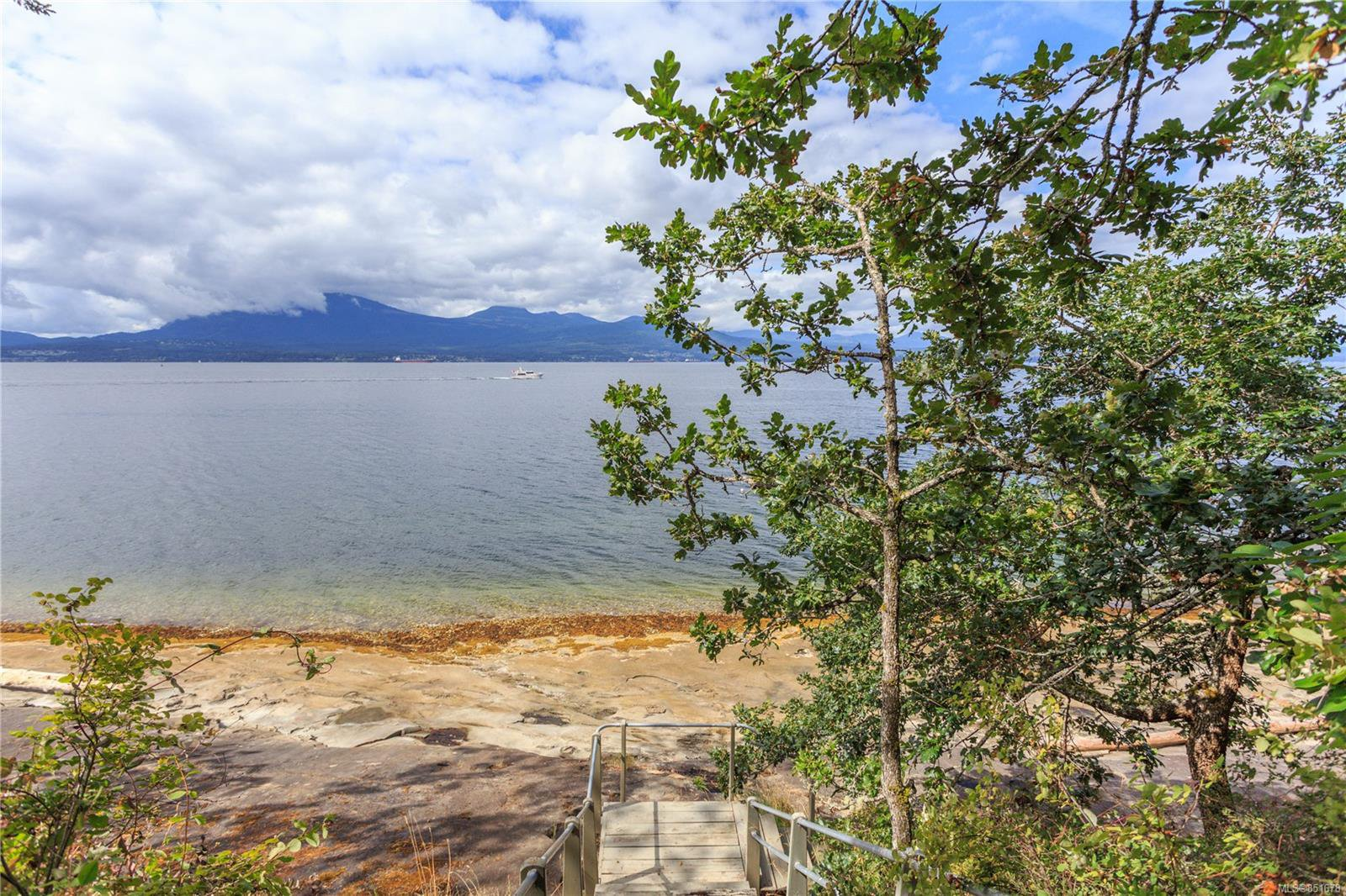 Photo 25: Photos: 262 Forbes Dr in : Isl Thetis Island House for sale (Islands)  : MLS®# 851678