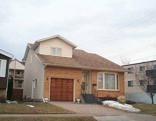 Main Photo: 611 DAVID Street in Winnipeg: Westwood / Crestview Single Family Detached for sale (West Winnipeg)  : MLS®# 2504052