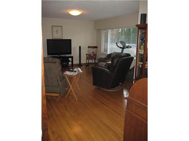 Photo 2: Photos: 8640 MOWBRAY RD in Richmond: Saunders House for sale : MLS®# V884441